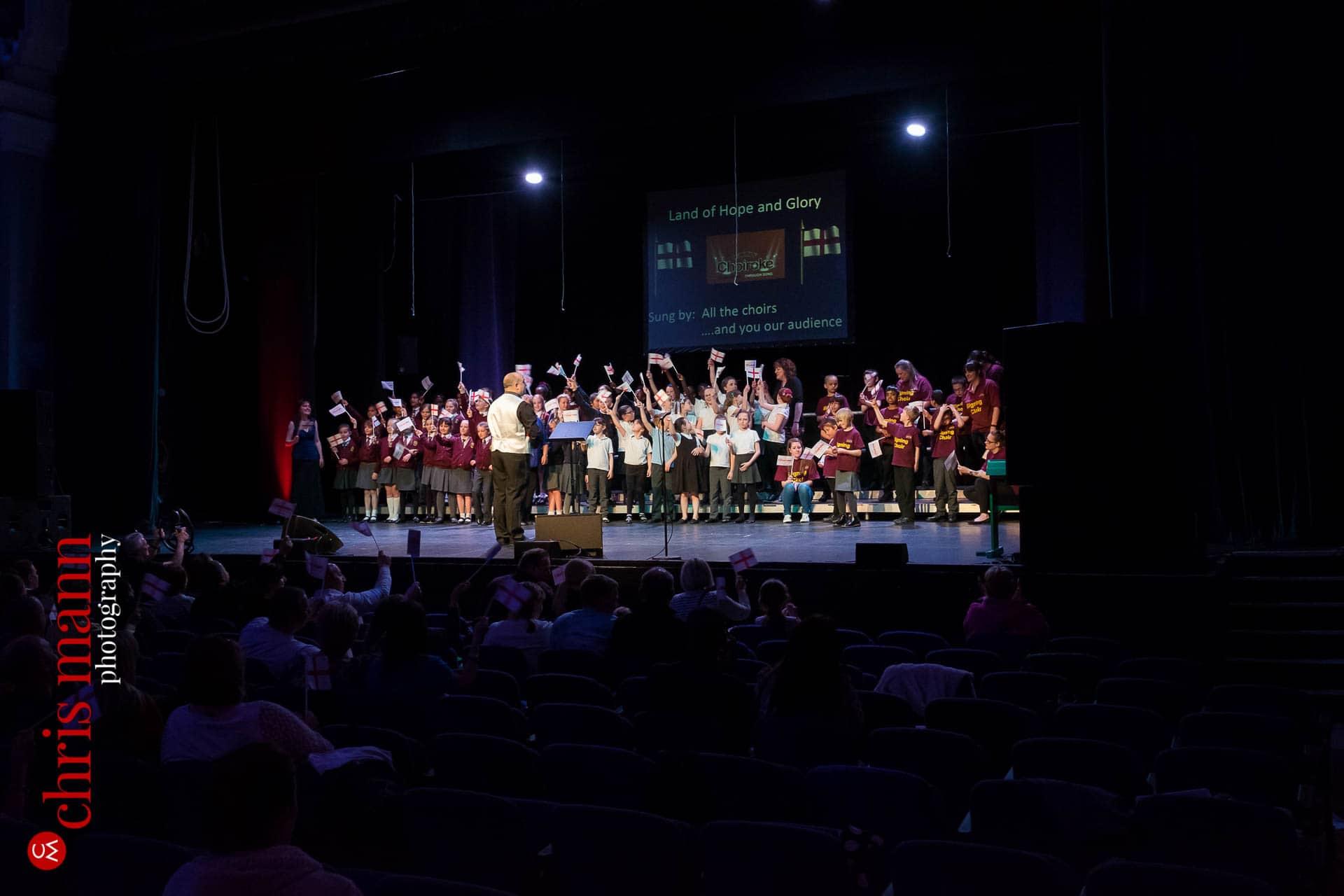 Choiroke-2016-concert-Dorking-Halls-024