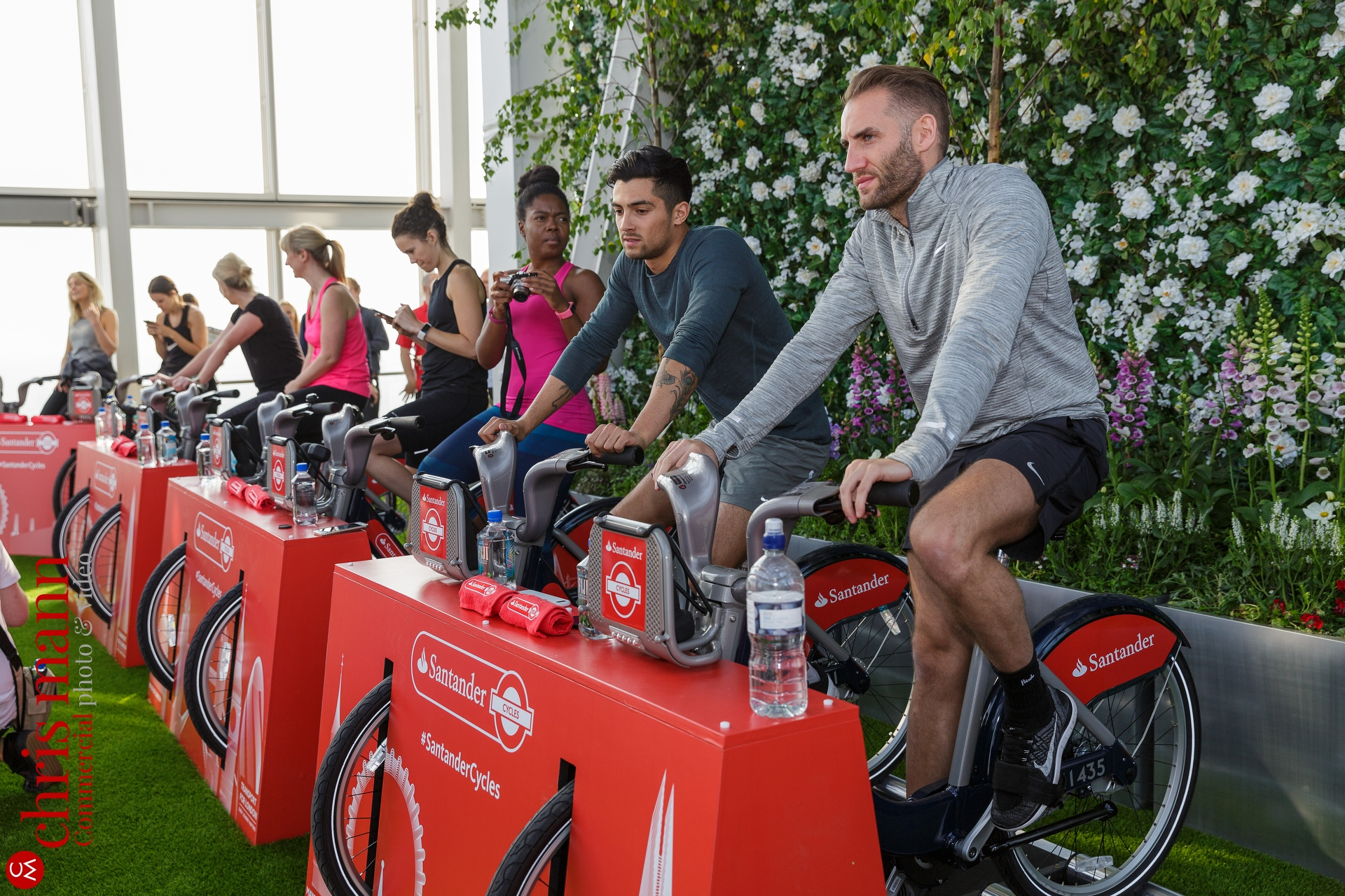 Santander-Cycles-spin-up-class-The-Shard-014