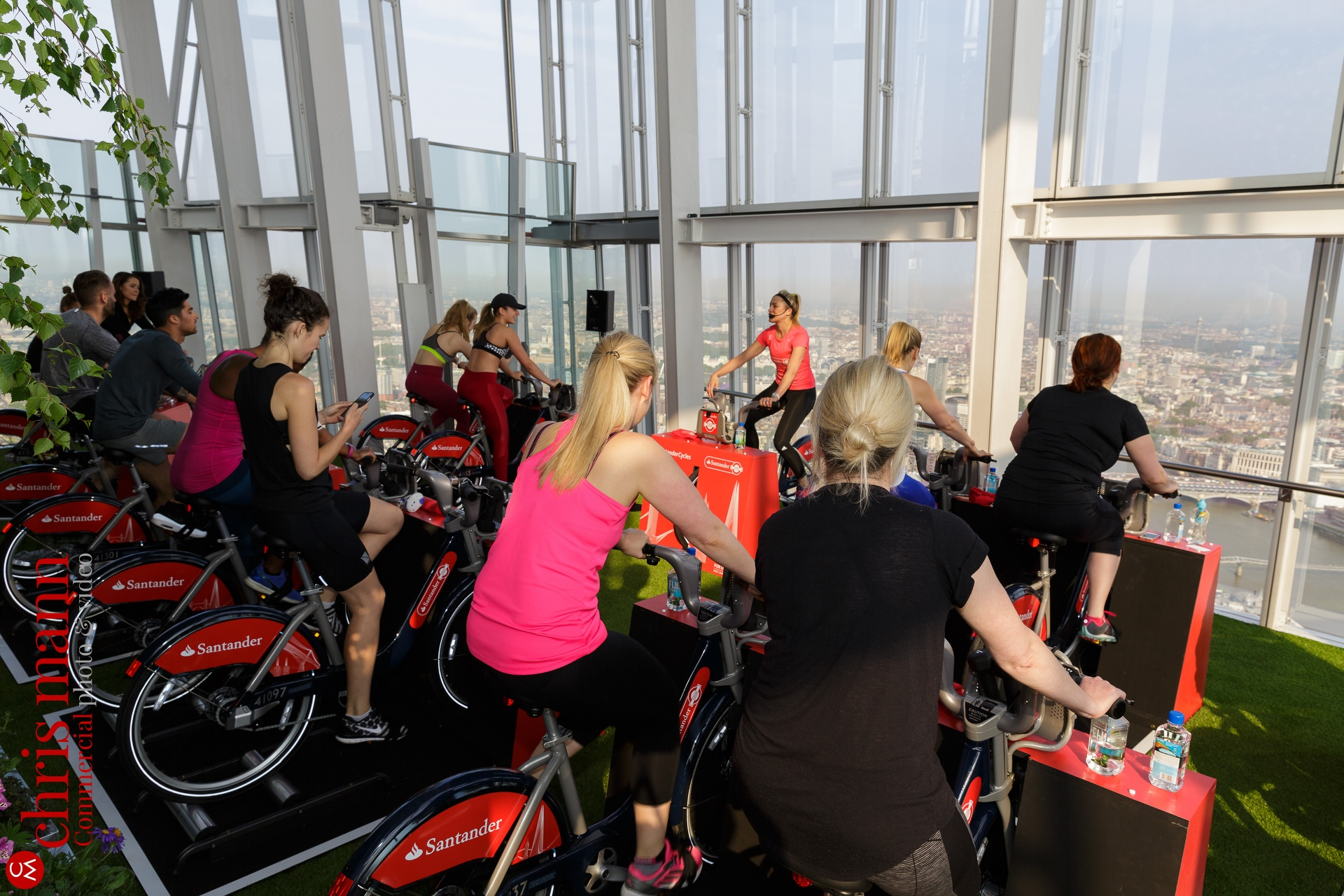 Santander-Cycles-spin-up-class-The-Shard-015