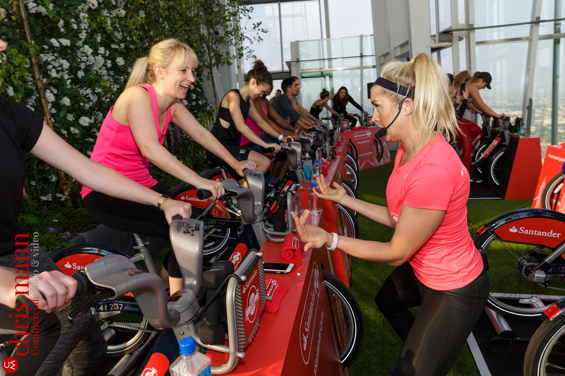 Santander-Cycles-spin-up-class-The-Shard-017
