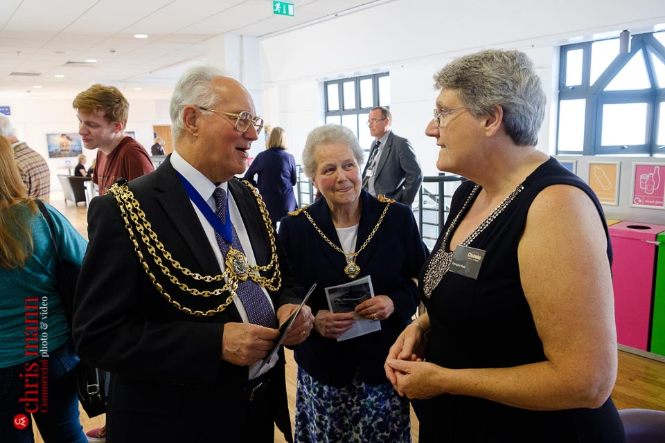 Mayor and Lady Mayoress of Redhill are welcomed to Choiroke 2017 concert | Harlequin Redhill