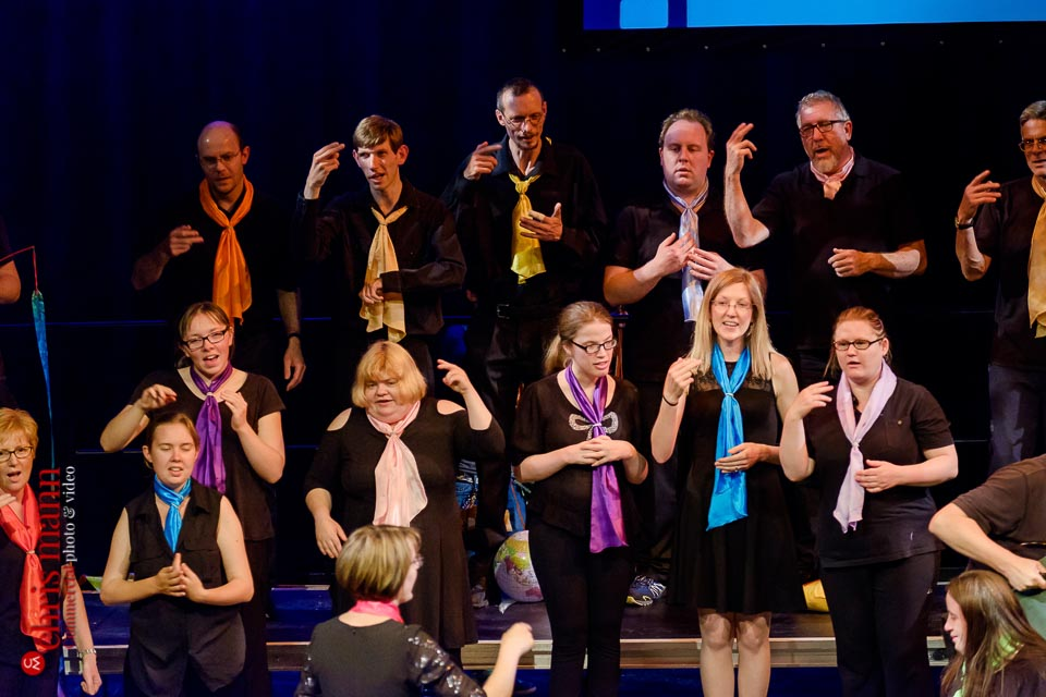 Include Choir perform with signing at Choiroke 2017 concert | Harlequin Redhill